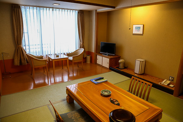 shirogane-hotel-001